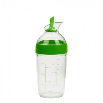 Little Salad Dressing Shaker_Green_1176800